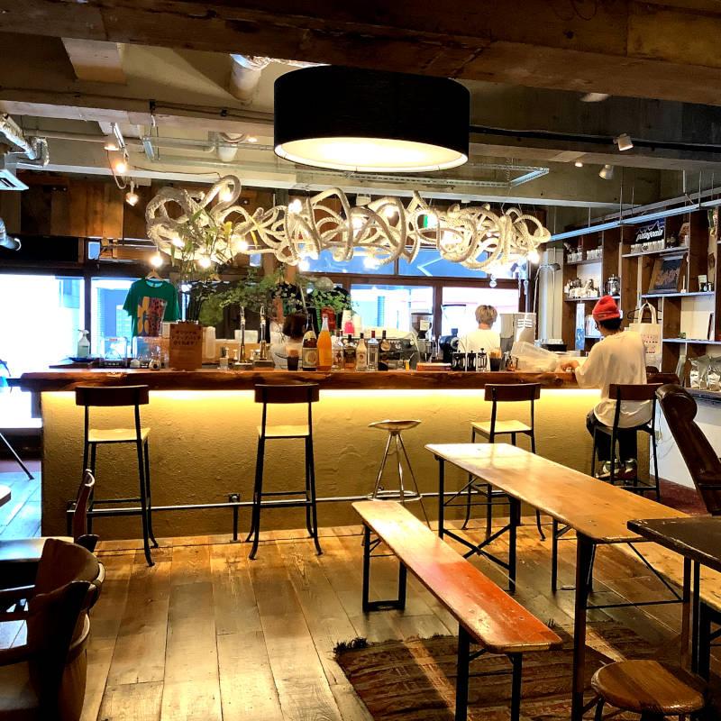 hug coffee(ハグ コーヒー)店内 わさび印認定!葵わさびの静岡散歩